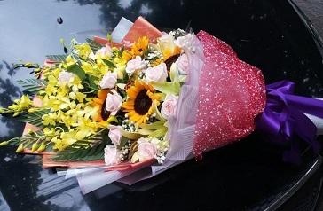 Bó hoa đẹp mang ý nghĩa yêu thương