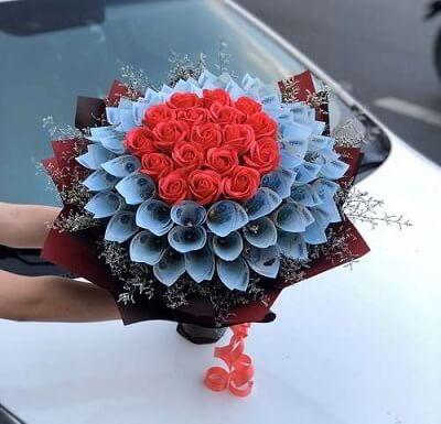 bó hoa sinh nhật dâu đô la