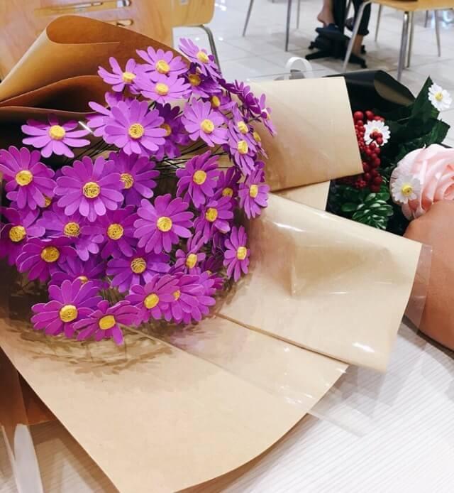 hoa cúc họa mi màu tím